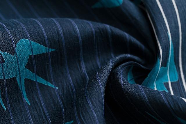 空のツバメ-紺瑠璃