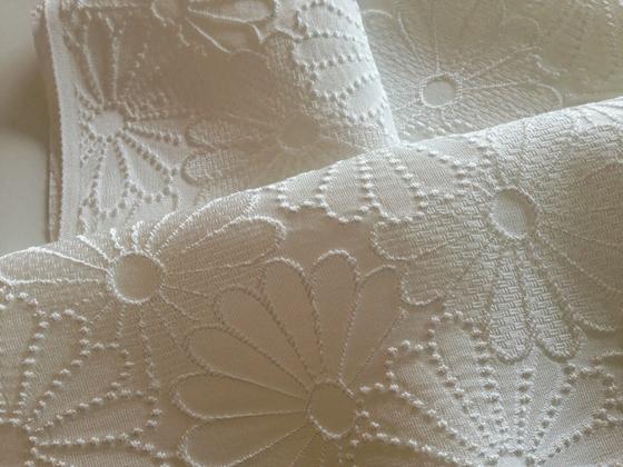 正絹ふくれ織り半衿「菊紋」